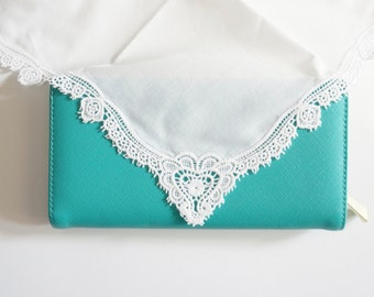 Lace Monogrammed Handkerchief, Personalized Bridal Handkerchief, Wedding Handkerchief