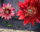 Metal Garden Stakes - Dahlia flower garden stakes, Metal garden art, flower garden decoration, metal art