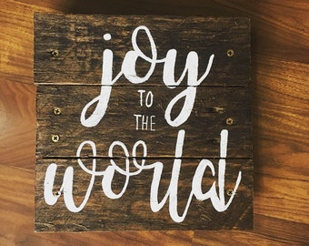 Joy to the World - Christmas wooden painted pallet sign
