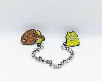 ET Phone Home Collar Pin Set