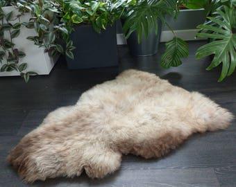 Sheepland British Rare Breed Organic Undyed Pure Sheepskin Rug in Cream with Brown Detail (6)