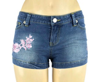 Pink Embroidered Denim Shorts, jeans shorts