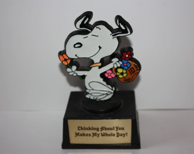 PEANUTS Snoopy AVIVA Trophy Statue Thinking About You Makes My Whole Day! 1972