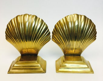 Hollywood Regency / Seashell Bookends / Mid Century / Vintage