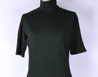ISSEY MIYAKE Short sleeve turtleneck stretch tops