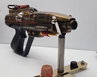 Star Shooter Nexxes 4007. Alien Death  Ray Gun. careful