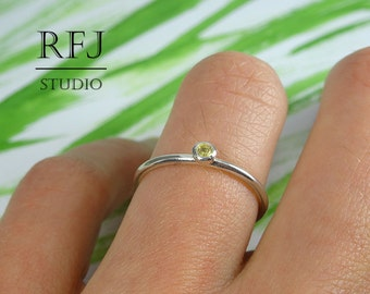 Natural Peridot Silver Ring, August Birthstone Ring, 2 mm Round Cut Peridot, Classic Sterling Stacking Ring, Green Genuine Peridot Thin Ring