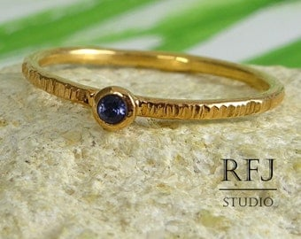 Natural Iolite Textured Rose Gold Ring, Blue Iolite Stacking Gold  Ring, 14K Rose Gold Plated Round Cut 2 mm Iolite Ring, Stackable Ring