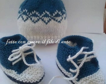 Wool Hat and booties for babies