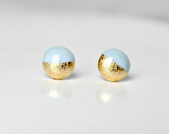 Small blue balls with gold flakes