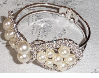 Bracelet Bangle Rhinestones Faux Pearls Wedding Bride