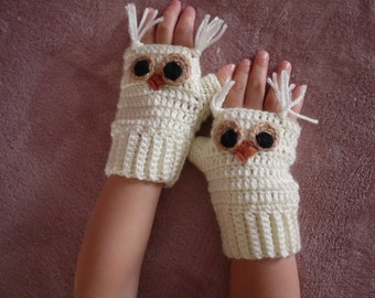 Toddler Crochet Owl Fingerless Gloves, Elastic cuffs, Photo prop, Handmade gift, girl warm mittens