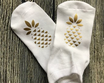 Lucky Pineapple socks - IVF, IVF socks, infertility, ttc socks, pineapple, lucky ivf socks, pregnancy, lottie and co, iui socks, ttc socks