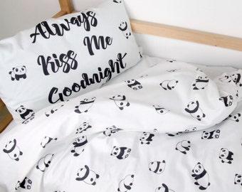 Bedding set with Pandas