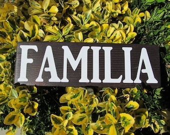 """Wood Sign """"FAMILIA""""   GREAT GIFT!"""