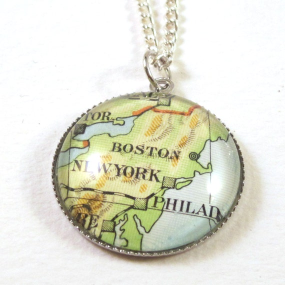 Map necklace - America variatons 20 mm