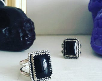 Black onyx ring// sterling silver ring