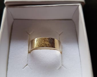 6mm Wide Hallmarked 9ct Yellow Gold Personalised fingerprint Wedding ring / Band