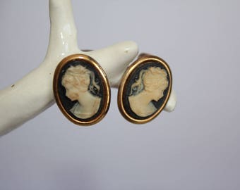 Small Vintage Cameo Clip On Earrings Black and Cream on Gold Tone Metal