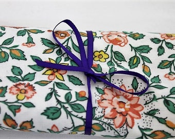 Vintage Floral Sanderson Fabric/ Cotton Floral Fabric/ Craft Supplies & Tools/Fabric/ Sewing Supplies/Haberdashery  (003A)