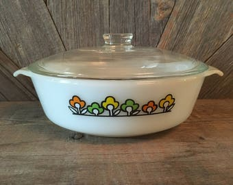 Fire King Summerfield Flowers Mixing Bowl Casserole Dish Bakeware with Lid {Anchor Hocking Ovenware} Vintage Bowl {Vintage Kitchen Decor}