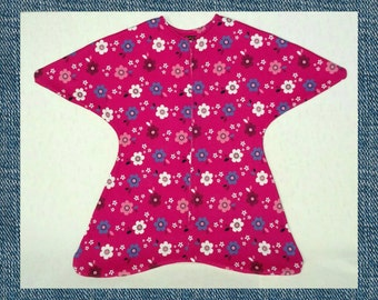 9-12 Month Knit and Fleece Swaddle