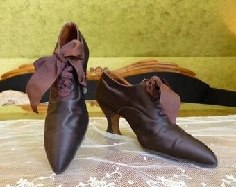 Edwardian Brown Satin Pumps, antique shoes, Antique pumps, ca. 1910