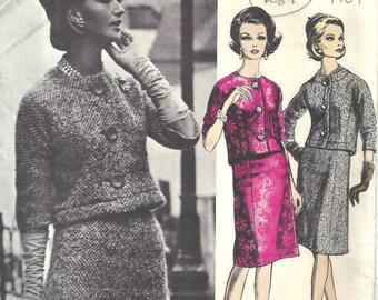 1961 Vintage Vogue Sewing Pattern B32 SUIT SKIRT & JACKET (1687) Pierre Cardin