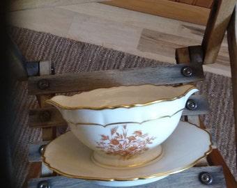 """Haviland Limoges France gravy boat. Pattern """"Floreal"""""""