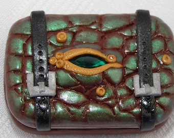green eyed trinket box