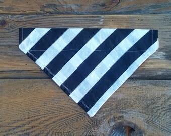 Black and White Striped Dog Bandana, Pet Bandana, Striped, Dog Scarf, Cat Bandana, Pet Collar, Pet Supplies, Pet Clothing, Pet Accessories,