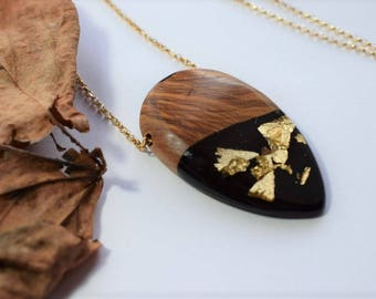 Wood Resin Pendant, Made in Italy, Handmade Necklace, B.Black n.5, Unique piece, Wood resin jewelry, Handmade Jewelry