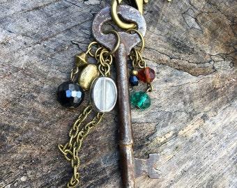 Skeleton Key Necklace//Antique Skeleton Key Necklace