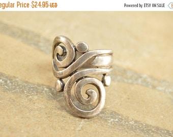 On Sale Geometric Swirl Design Asymmetrical Scroll Motif Ring Size 6.75 Sterling Silver 7.8g Vintage Estate