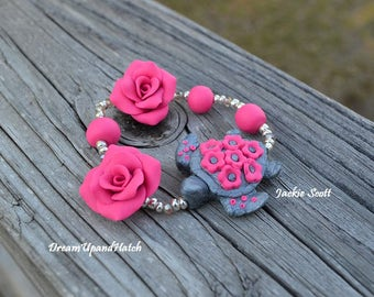 Pink Turtle Stretch Bracelet (Free Shipping)