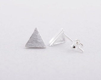SALE! Earrings plated Alison silver triangle shaped chic minimalist modern jewelry