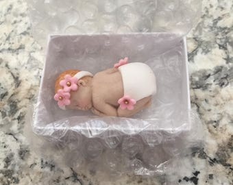 Fondant baby