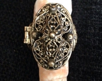 Vintage Poison/Pill Ring