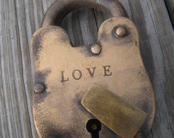 Love lock skeleton key love lock Wedding ceremony