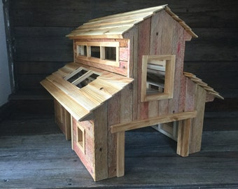 Toy Wooden Monitor Barn