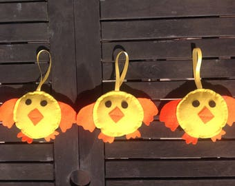Cute Chick, felt Easter decoration, quirky chicks