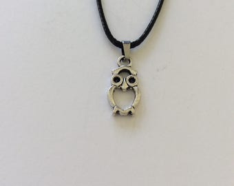 Owl necklace / owl jewellery / animal necklace / animal jewellery / animal lover gift