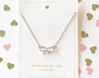 Lovely Bow Necklace - Silver