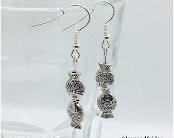 Kissing Fish Dangle Earring, Silver Plated Earring, Silver Fish Earring, Fish Earring, Silver Dangle Earring, Beach Jewelry