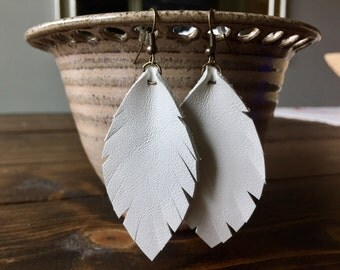 Small white leather feather earrings