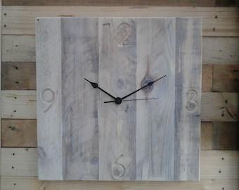 Rustic Pallet Wood Vintage 'Square Engraved Blanc' Shabby Chic 40cm