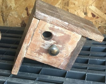 Rusty birdhouse