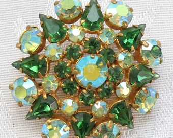SO # 1303 Vintage Gold Tone Green Aurora Borealis Crystal Rhinestone Brooch
