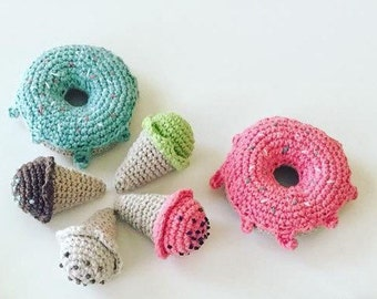 Crochet donuts with frosting and sprinkles set of 2 - Pretend play food - decoration