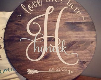 Wooden round monogram sign